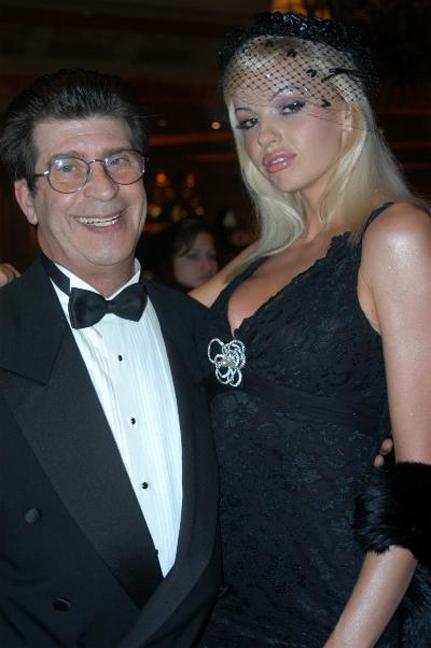 Ron Sullivan (left)