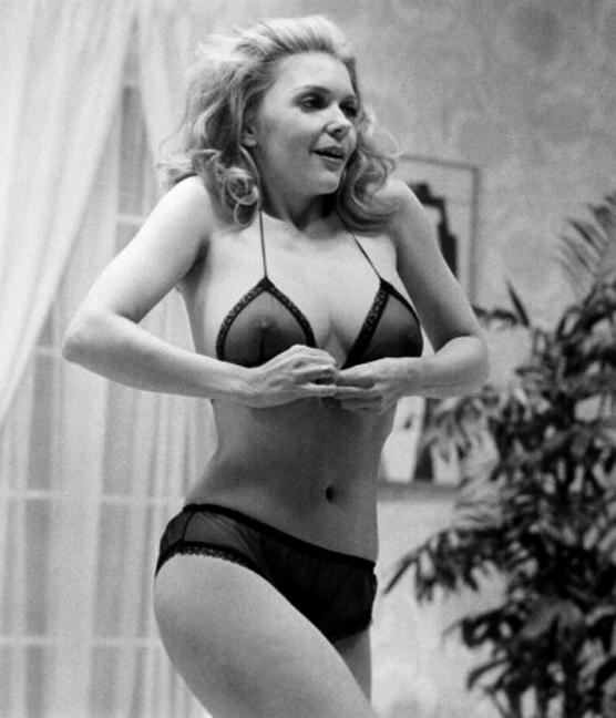 Jennifer Welles