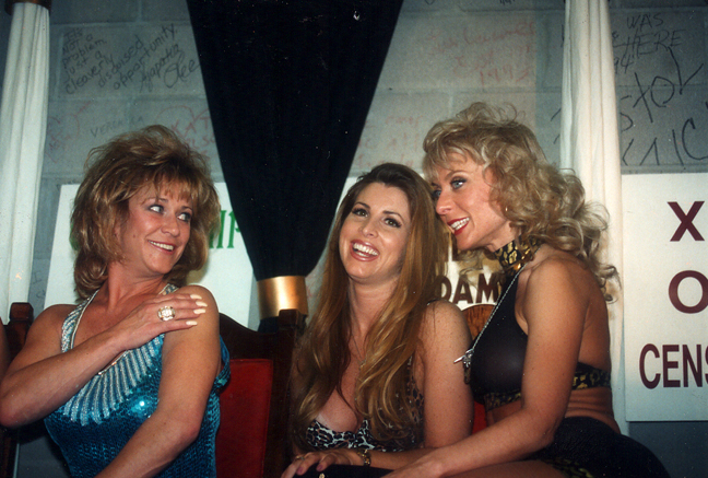 Marilyn Chambers, Shanna McCullough, Nina Hartley
