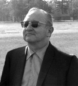 Milton Luros