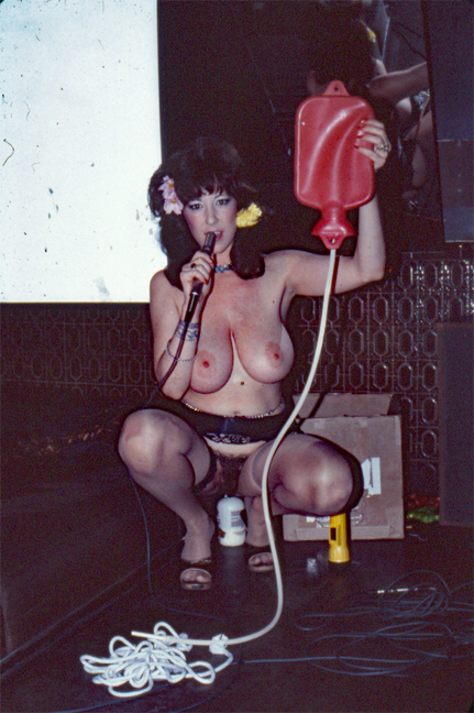 Annie Sprinkle, Show World
